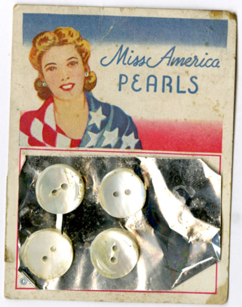 Bonnie Heather Pearls buttons