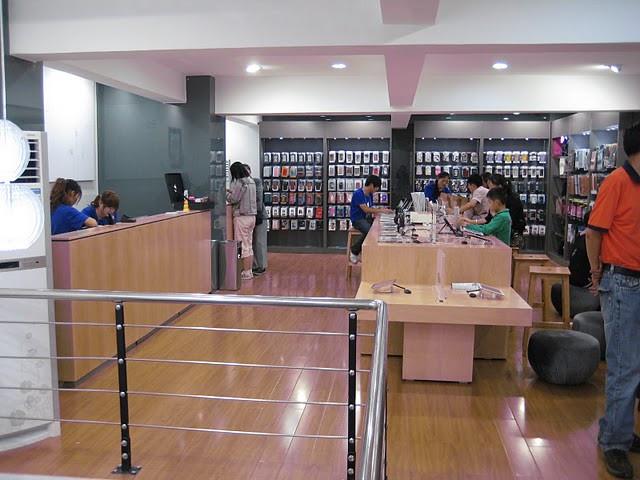 6, fake-apple-store