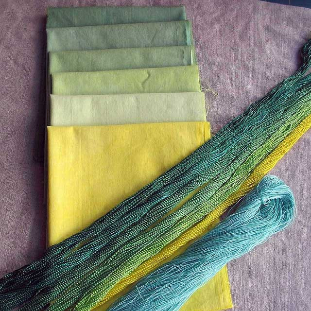 Rit-dyeing-greens by quiltexplorer via Flickr: http://bit.ly/1xcWqCA