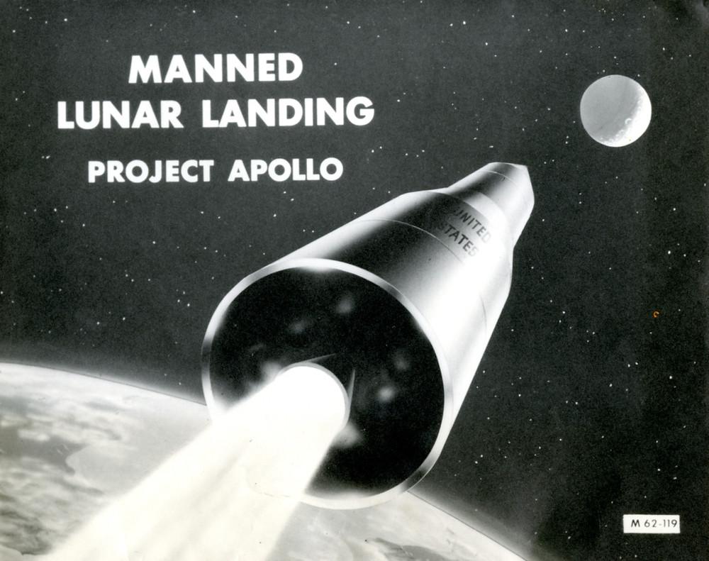 Manned luar landing