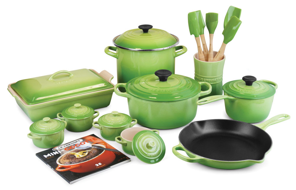 Le Creuset Signature Cast Iron 20-Piece Palm Cookware Set in green.