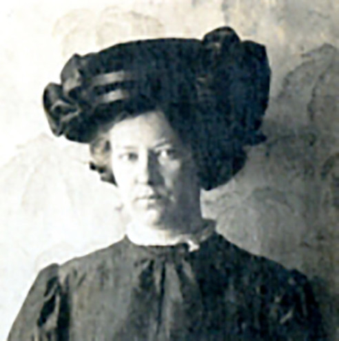 Anna Kirillova (age 29).