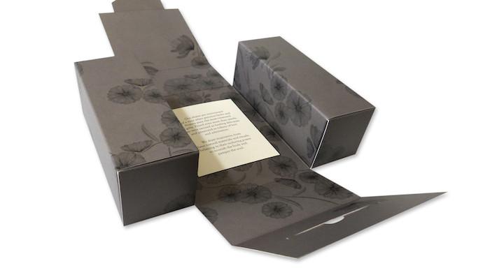 packaging flat