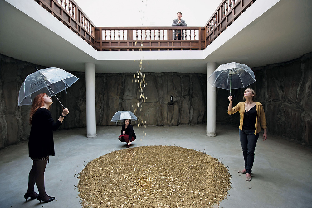 Vadim Zakharov (b.1959), Danae. 2013, mixed media, dimensions variable, installation at the Russian Pavilion, Venice Biennale. Picture credit: Daniel Zakharov, photography & art, www.danielzakharov.de (page 141, lower)