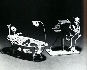 Fig. 14—Wire and plaster sculptures by Saúl Moreno. Courtesy of UCLA Museum of Cultural History; photographer: Antonia Graeber.