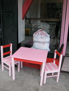 mini table and chairs in front of Mission Minis SF, design by Antlre Inc.