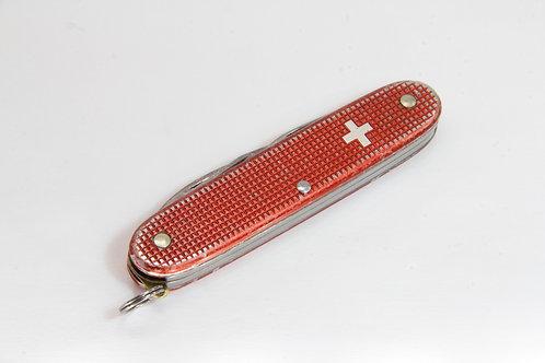 Victorinox Pioneer Old Cross Red
