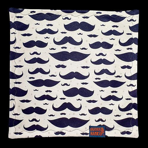 Valkiria Hanks - Mustache