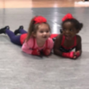 Dance Friends make the Best Friends! 👯‍♀️💕