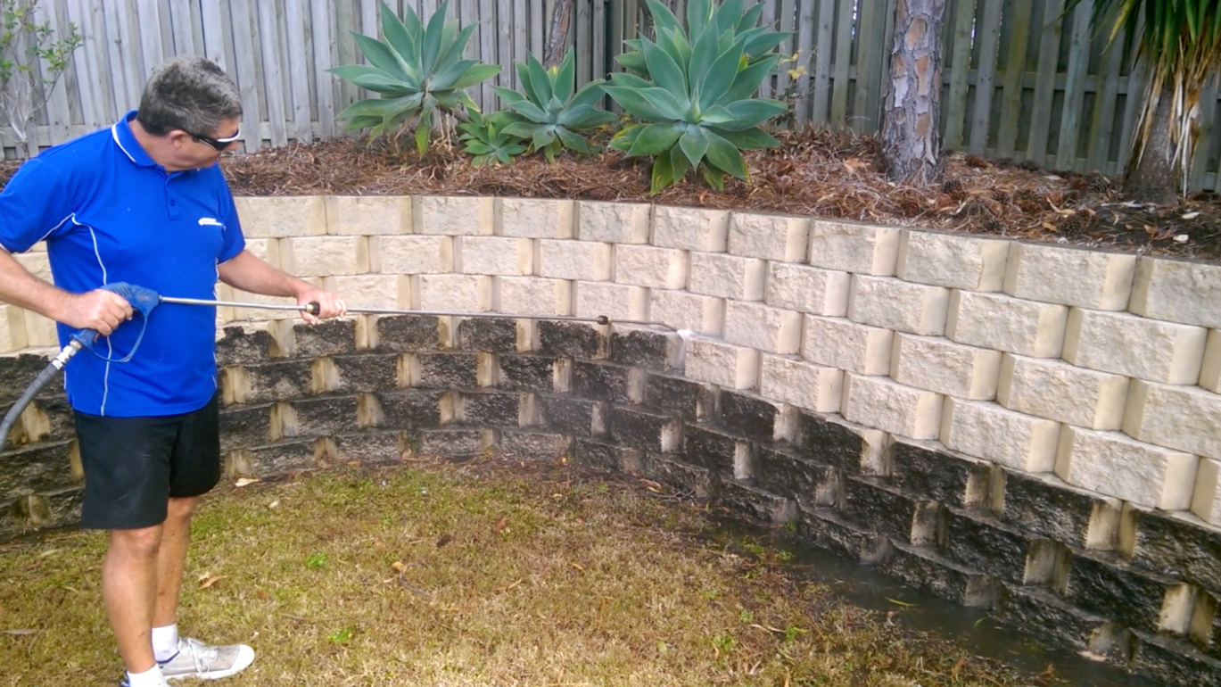High Pressure Cleaning Gold Coast Bricks 3