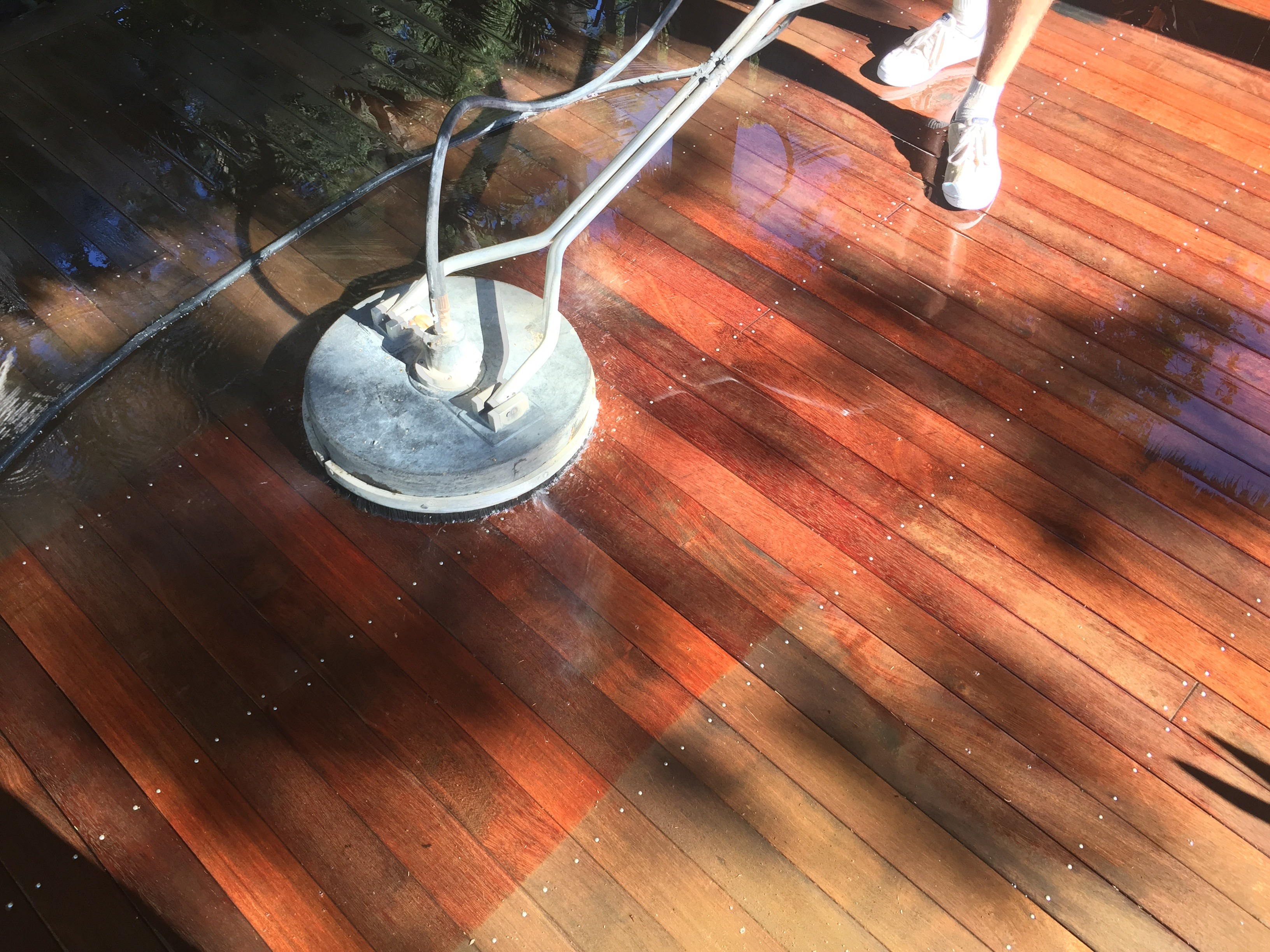 High Pressure Cleaning Gold Coast Timber 4