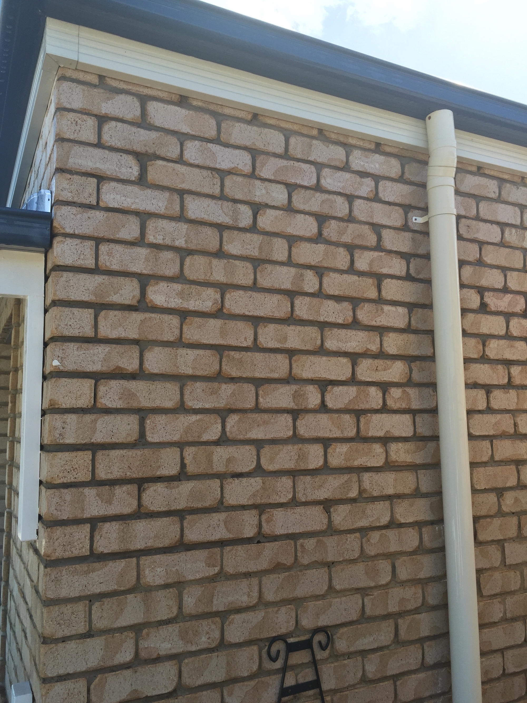 High Pressure Cleaning Gold Coast Bricks After 1