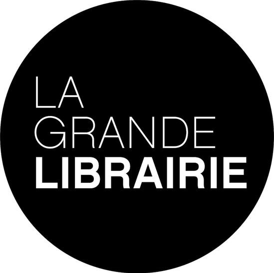 Maquilleuse bande-annonces et plateau pour La Grande Librairie (France 5)