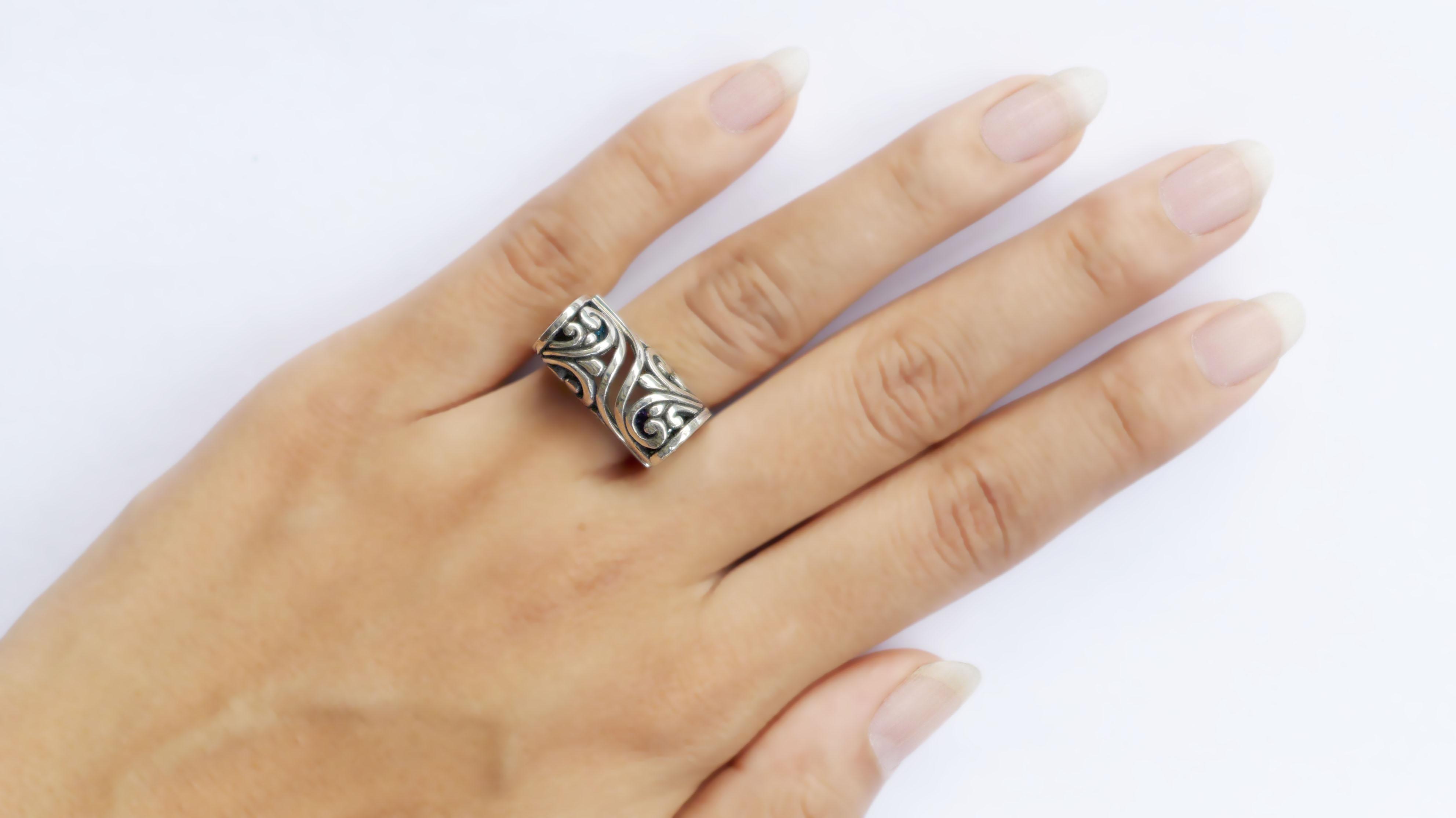 KS306-finger2