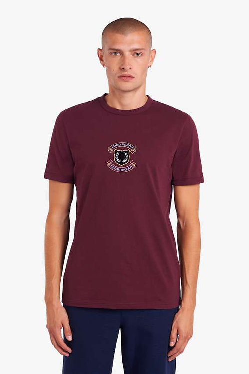 CAMISETA PARCHE FRED PERRY CAOBA