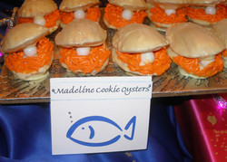 Madeline Cookie Oysters