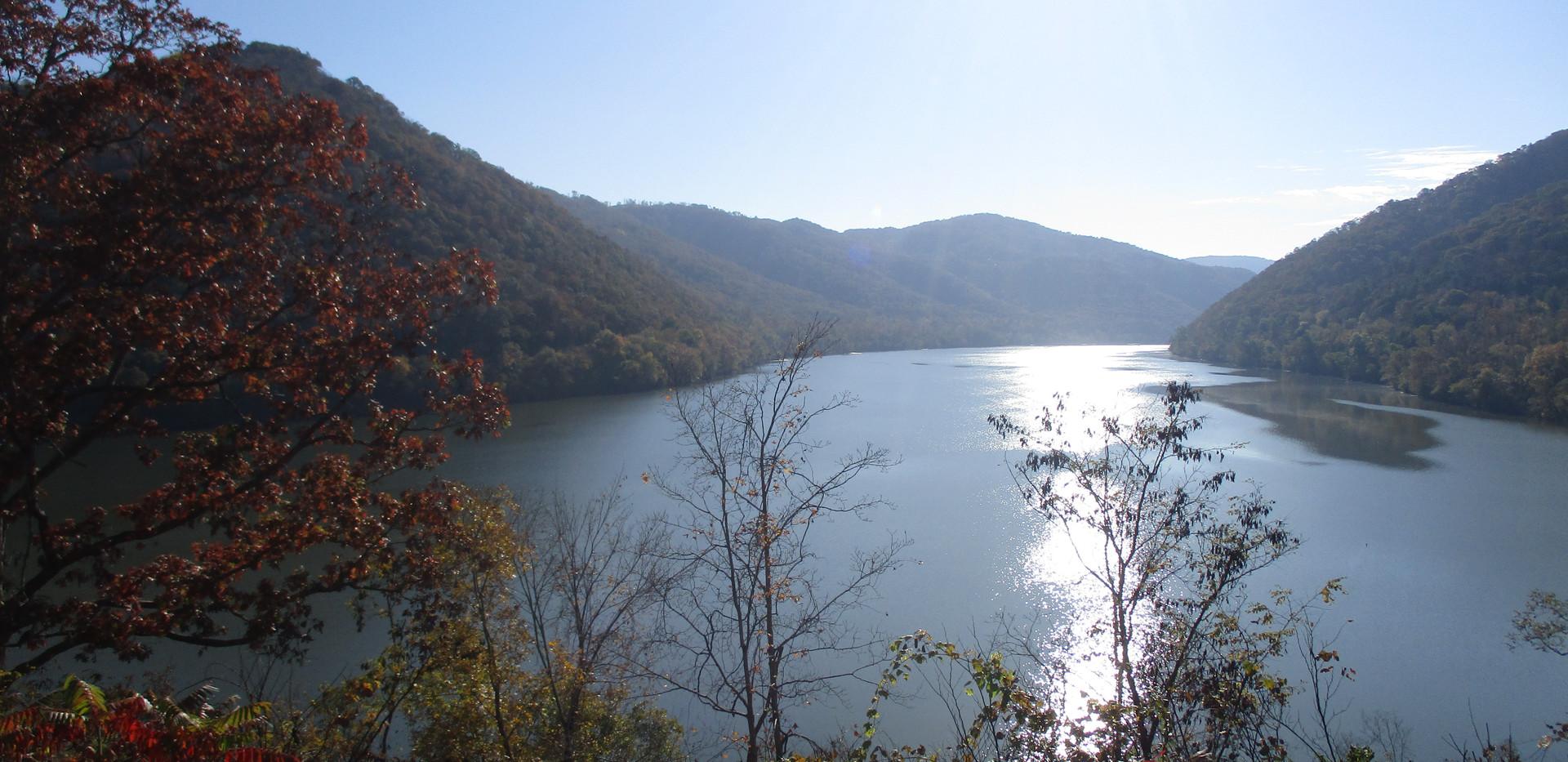 Early morning at Bluestone Lake