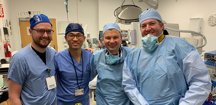 Dr. Kiefer with Georgetown Residents in the OR