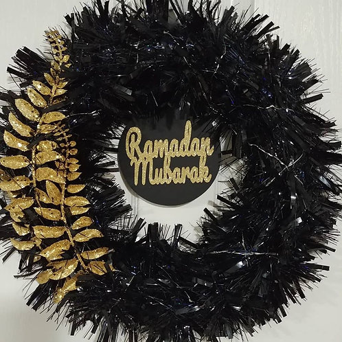 Black/Gold Reversible Wreath with Lights