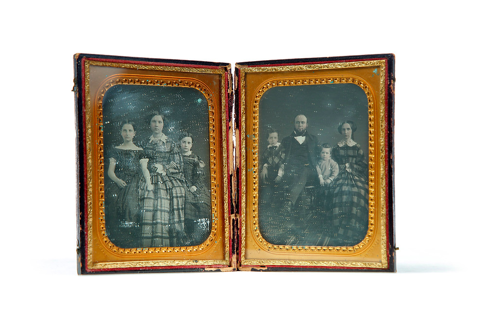 Lot 123 Two Half-Plate Daguerreotypes.jpg