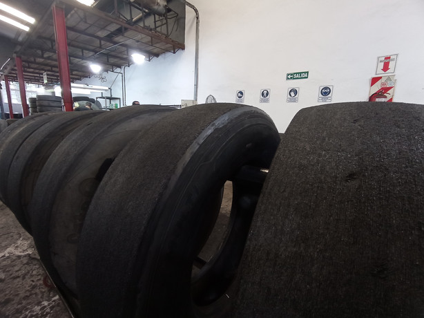 Neumáticos pulidos