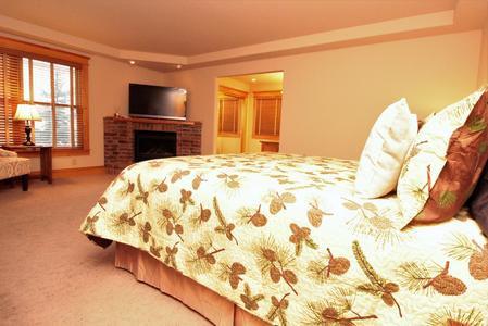 Moose Lodge 4.jpeg