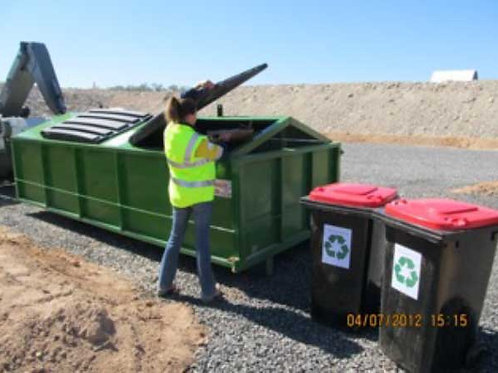 Recycling station / caged hook lift bins — 10m3