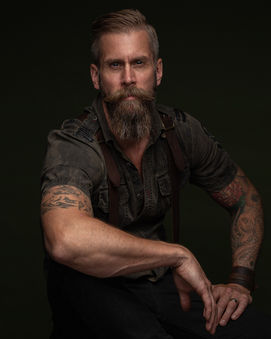 Fredrik-portrait-color.jpg