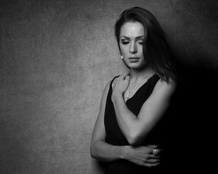 Johanna-portrait-close.jpg