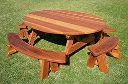Round-Wooden-Picnic-Tables-Style