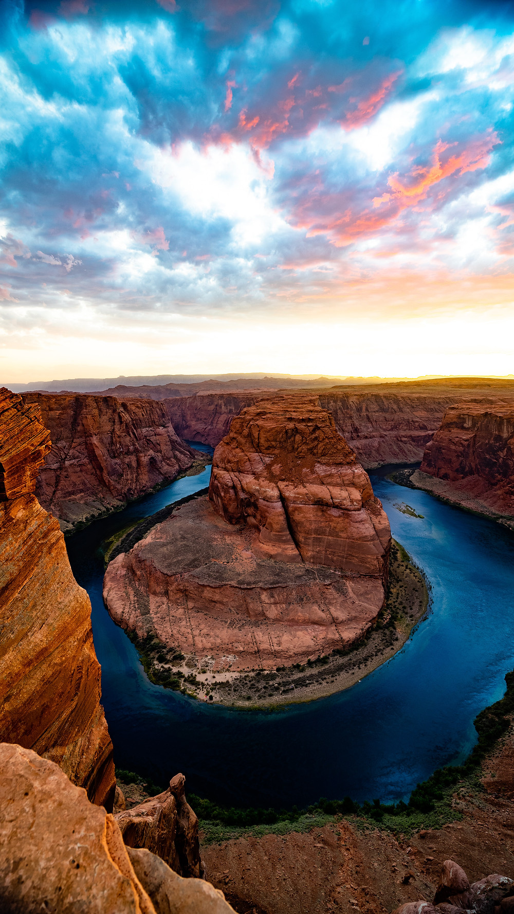 Aerial view of Grand Canyon Horseshoe River