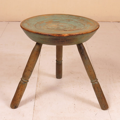 Early 19th Century Dish Topped Turned Stool - £695