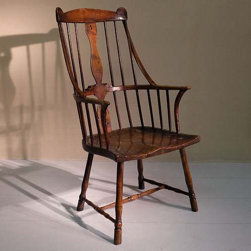Late 18th Century Comb Back Windsor Arm Chair - £3800 £