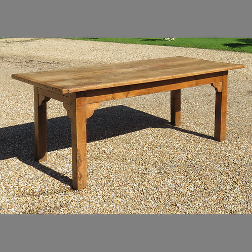 Early 19th Century Sycamore Farmhouse Table