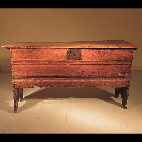 Mid 17th Century English Elm Coffer - £3800