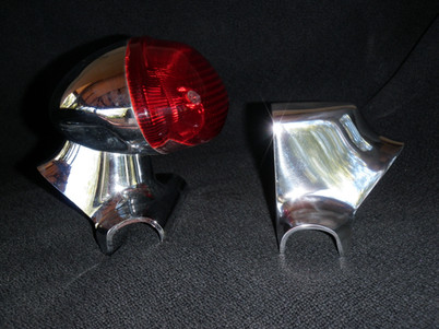 Bonneville Thruxton Scrambler 900 Tail light V maund speed size comparison