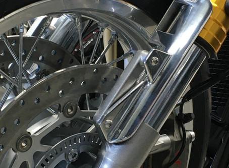 Triumph Thruxton 1200 R/S Fork Shrouds/Fender