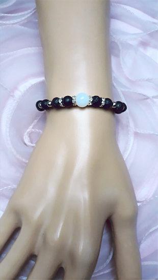 bracelet femme en perles de lave