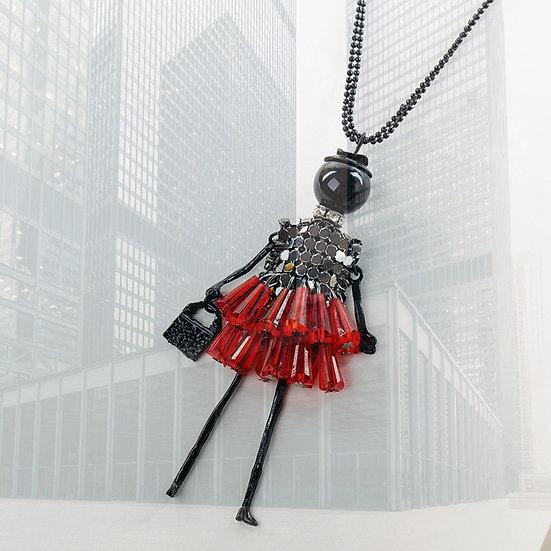 Sautoir femme poupée articulée en perles
