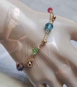 bracelet chainette or et cristal.jpg