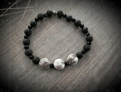 bracelet en perles de laves noir et arge