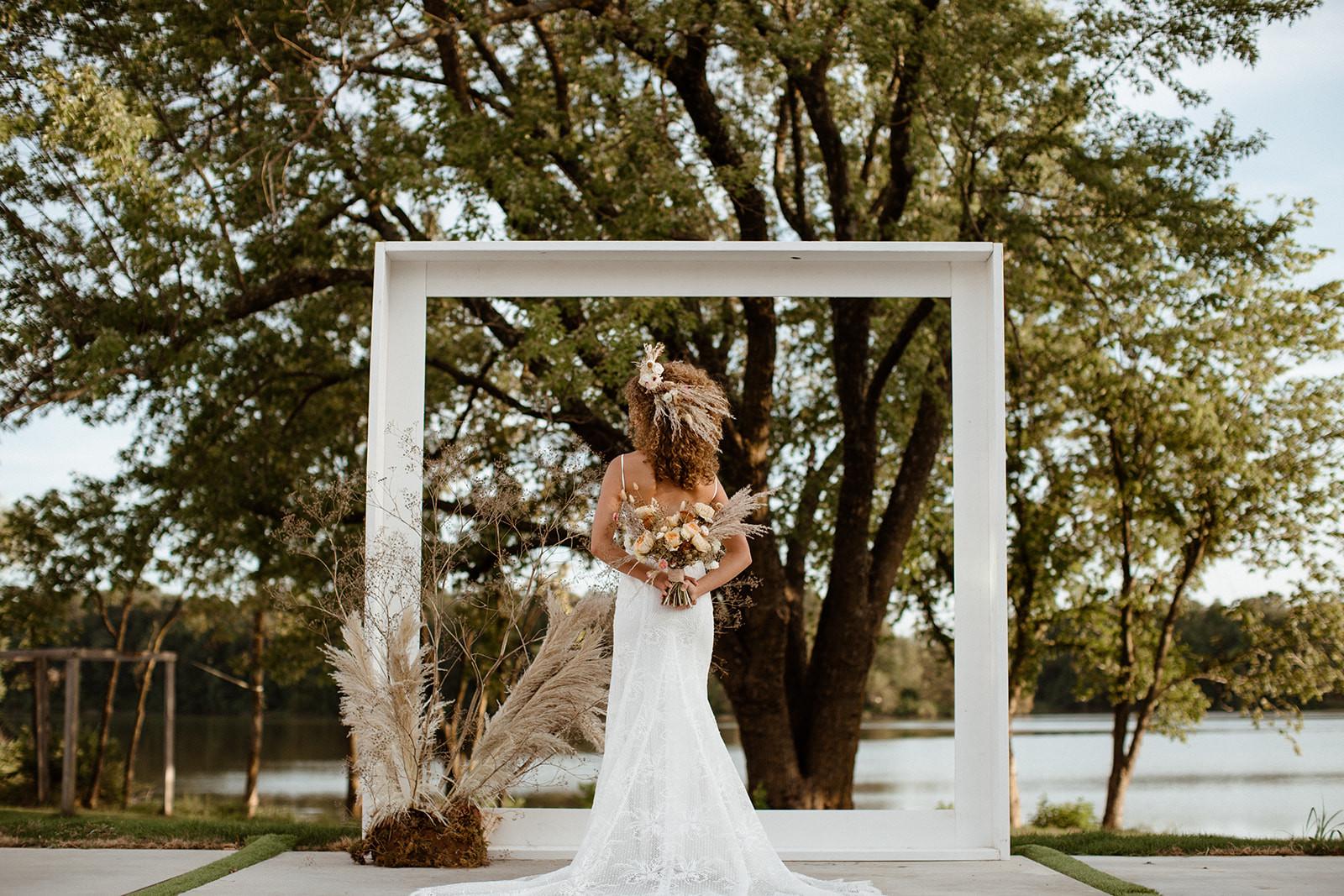 laura powers photo%2c arkansas wedding a
