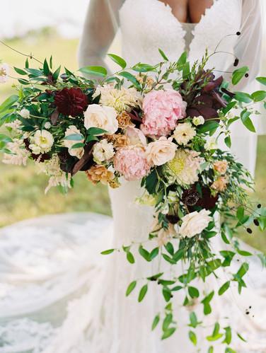 New classic wedding florals
