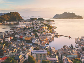 Chasing Waterfalls, Fjords and Art Nouveau Architecture in Ålesund - Part 1