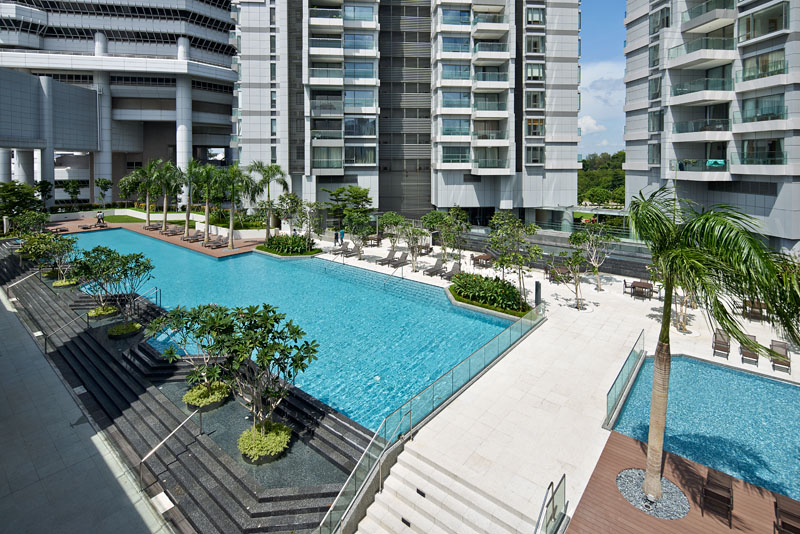 concourse pool garden
