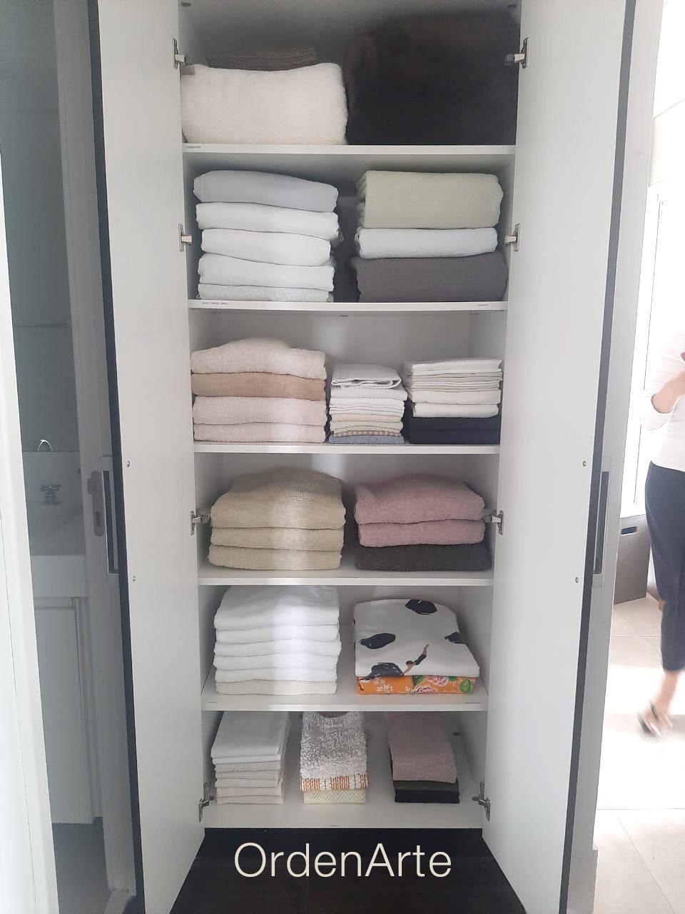 roupeiro organizado