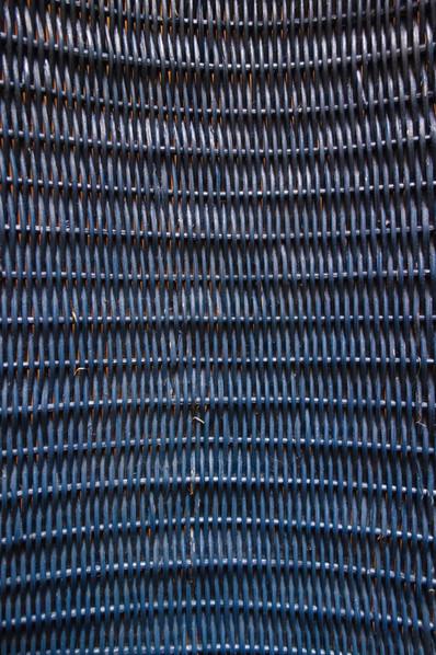 Tabouret _pagode_ en rotin bleu