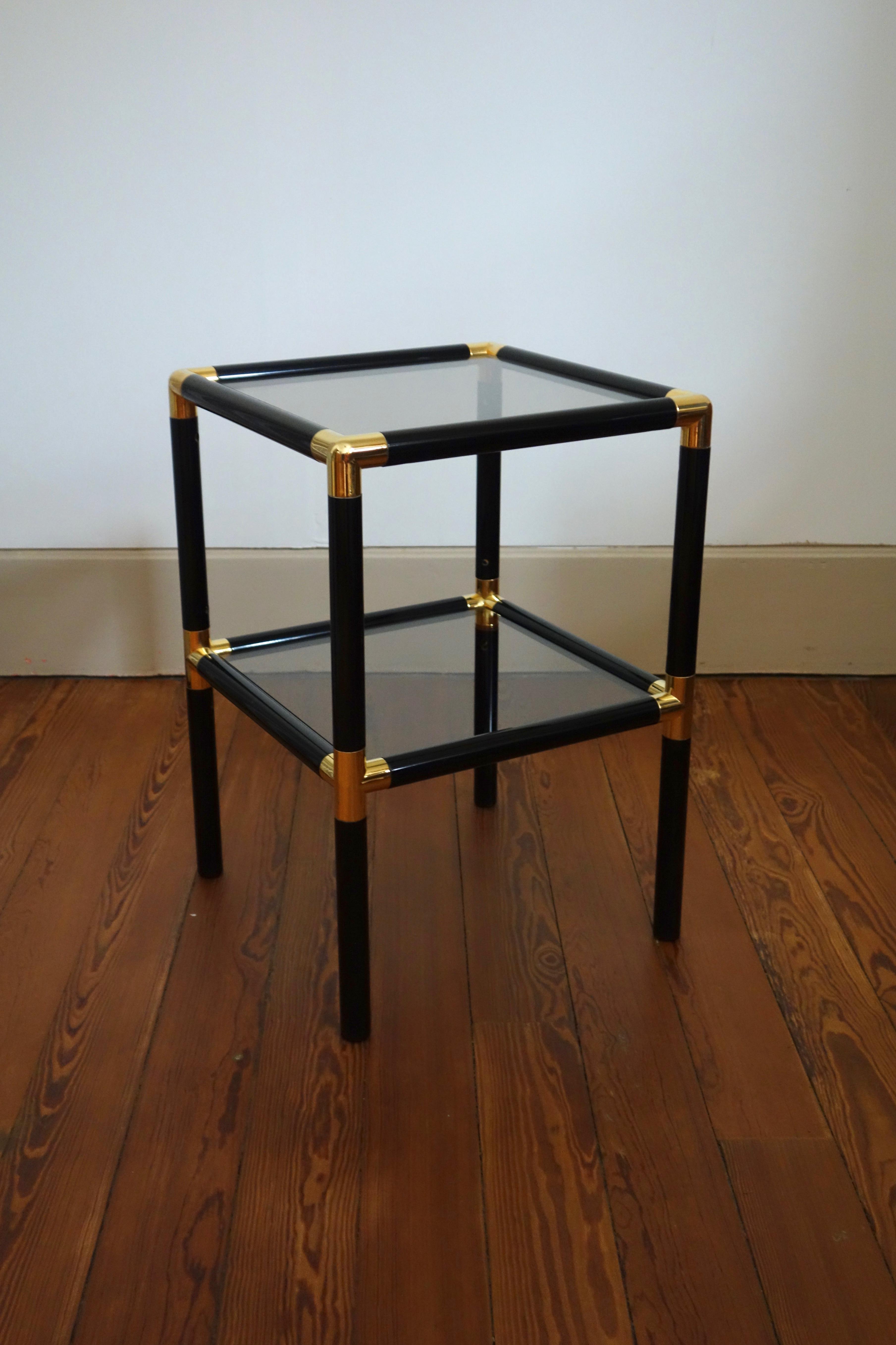 Sellette vintage métal noir et doré, plateaux verre fumé année 70
