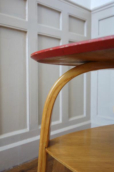 Guéridon Bow wood par Steiner