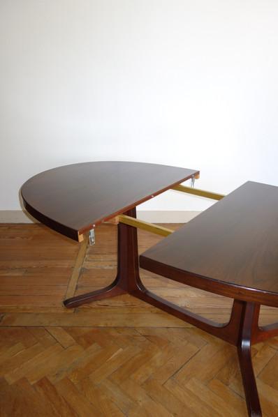 Table à manger extensible par Baumann en